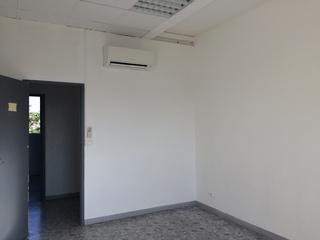 location salon de provence offre fr13078407l eol. Black Bedroom Furniture Sets. Home Design Ideas